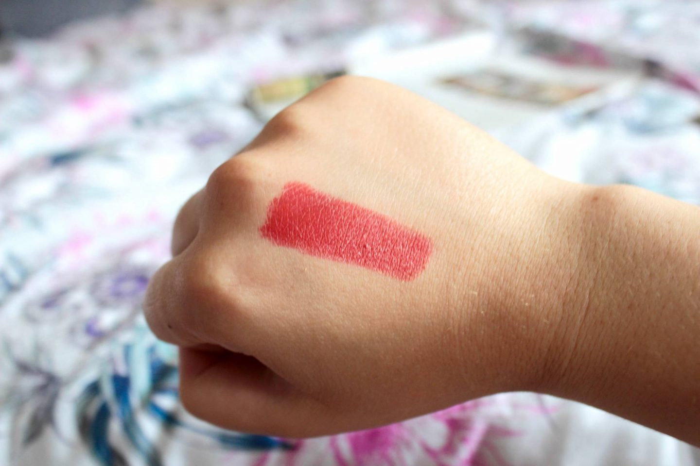 Gold Fever lip colour swatch