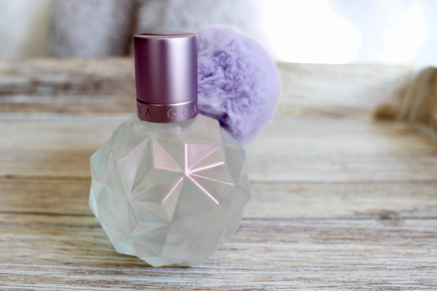Moonlight lilac pom pom bottle details