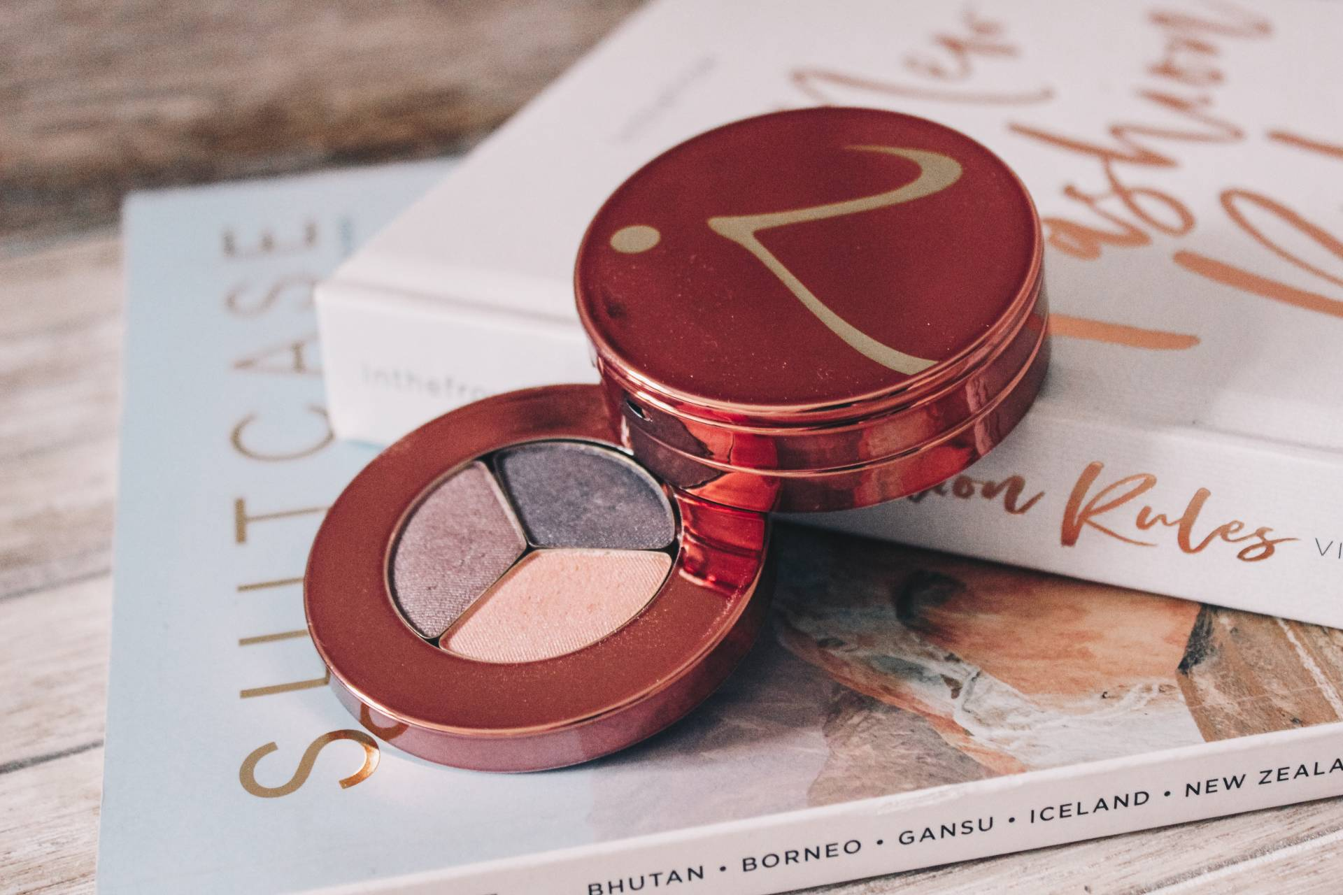 Jane Iredale snap happy makeup kit