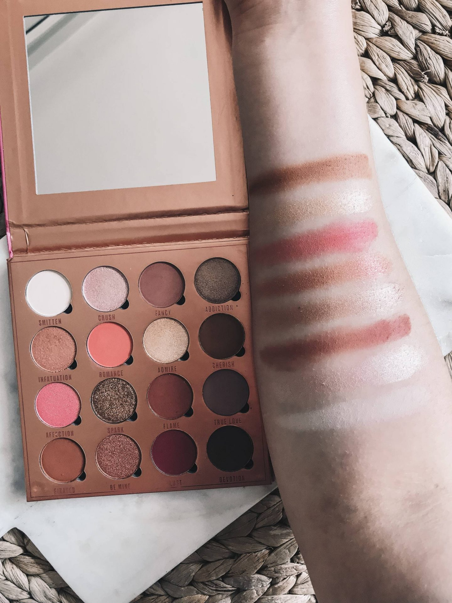 Makeup Obsession Love Is My Drug swatches